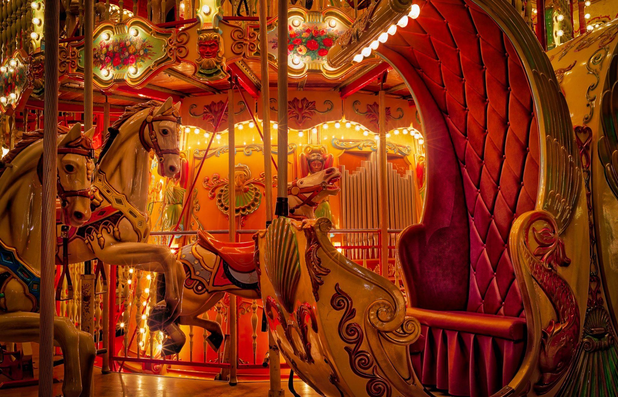 Halloween i Tivoli 2016. Stemningsbillede af Musikkarussellen en aften.